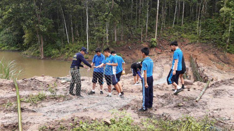ร่วมสร้างฝายชะลอน้ำบ้านทาป่าเปา